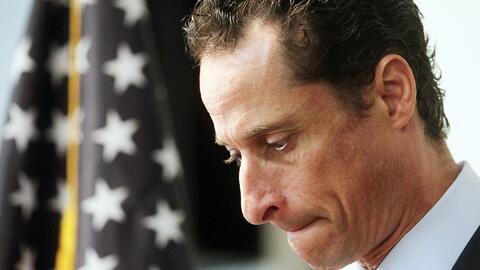Anthony Weiner se declaró culpable por intercambiar material sexual con...