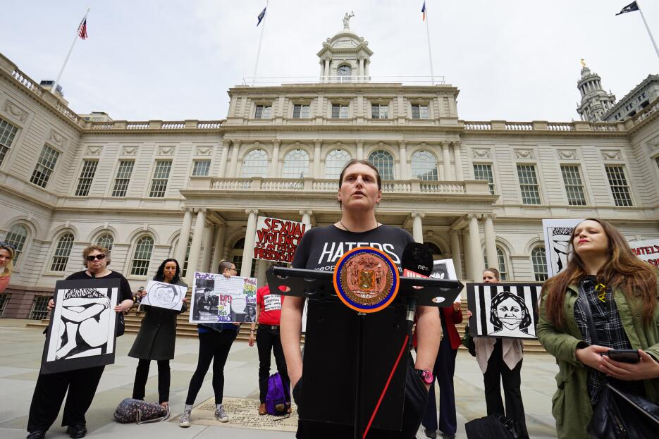 Activistas piden que se apliquen normas vigentes para terminar con los a...