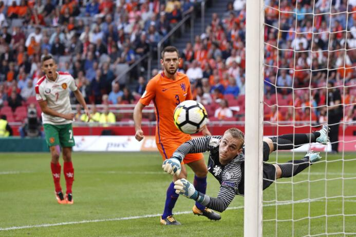 Holanda respira en la eliminatoria con su triunfo ante Bulgaria 63640060...