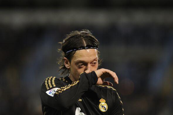 Mesut Özil fue el jugador que le dio el pase de gol al francés.