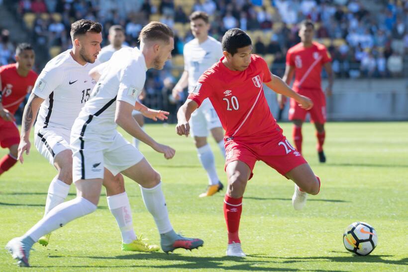 Perú empató sin goles en visita a Nueva Zelanda  gettyimages-872695494.jpg