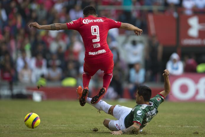 En fotos: Con polémica incluida, Chivas sobrevive al 'infierno' 20180107...