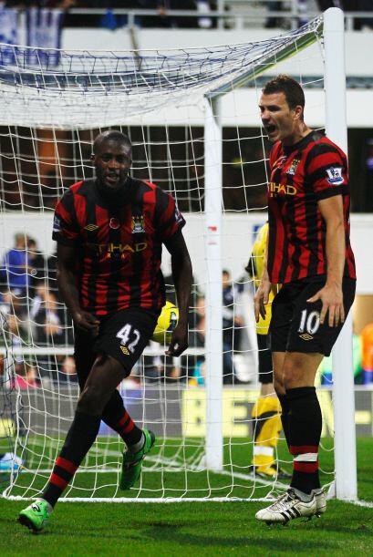 Su gol vale la punta en Inglaterra. El 'City' le lleva 5 puntos de venta...