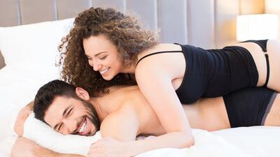 sexo - amor - parejas en la cama 5