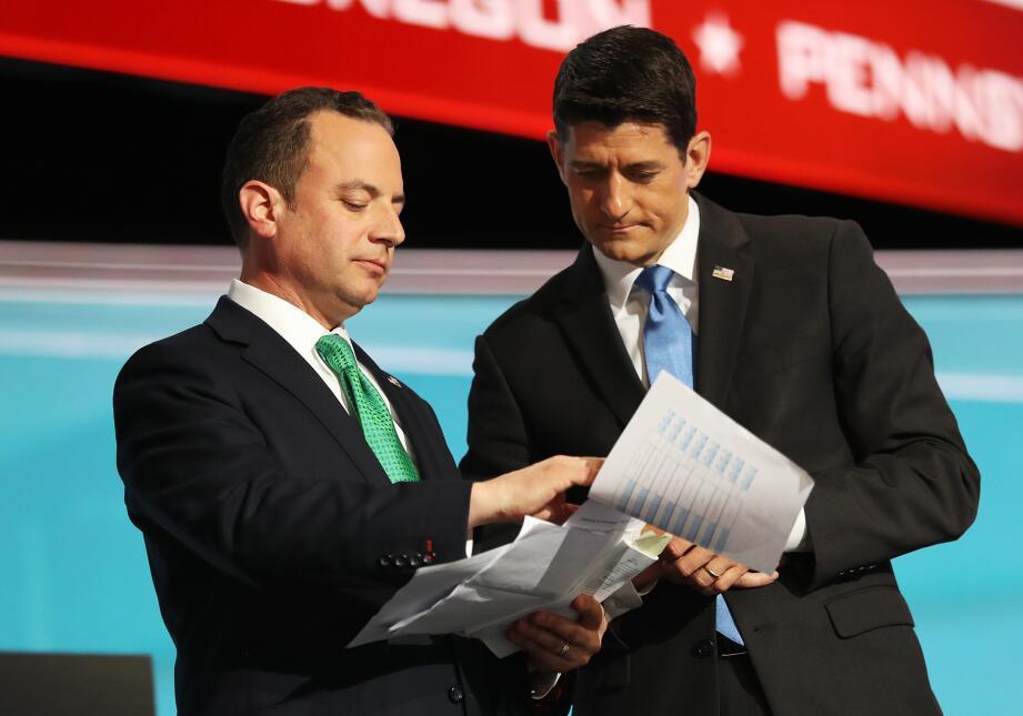 Reince Priebus, líder Comité Nacional Republicano y Paul Ryan, líder de...