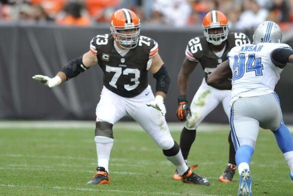 #18 T Joe Thomas, Cleveland Browns (AP-NFL).