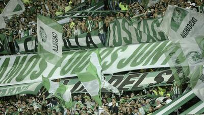 Muere aficionado en Colombia apuñalado por traer playera del rival