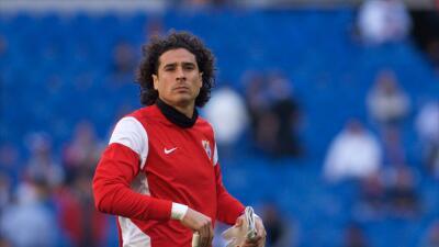Memo Ochoa se quedará en el Málaga