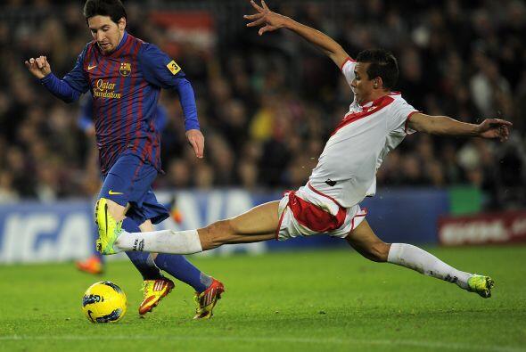 Messi no podía quedarse fuera de las anotaciones y marcó el cuarto.