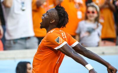 Alberth Elis festeja gol Houston Dynamo