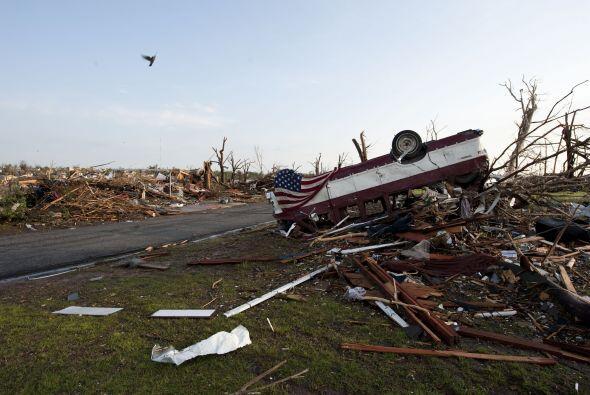 Un tornado causó estragos el domingo por la noche en el centro de Joplin...