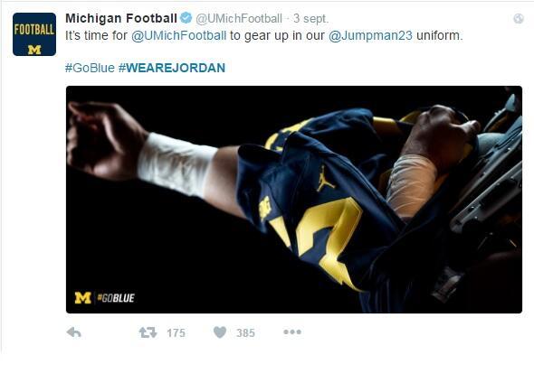 El equipo colegial vestiría el uniforme con el clásico logo de la marca...