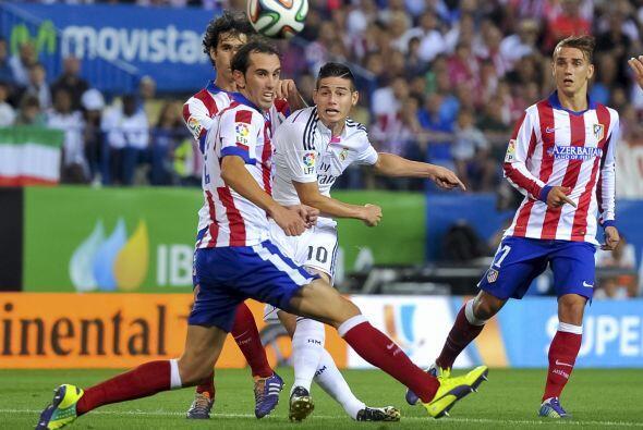 Real MAdrid lo intentó hasta el final pero la defensa del Atlético siemp...