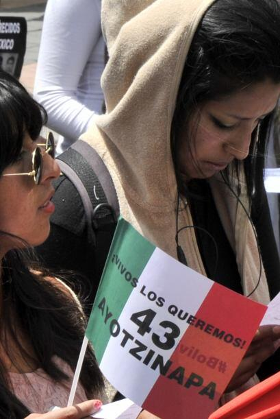 Se nota en su rostro la solidaridad con los estudiantes mexicanos.