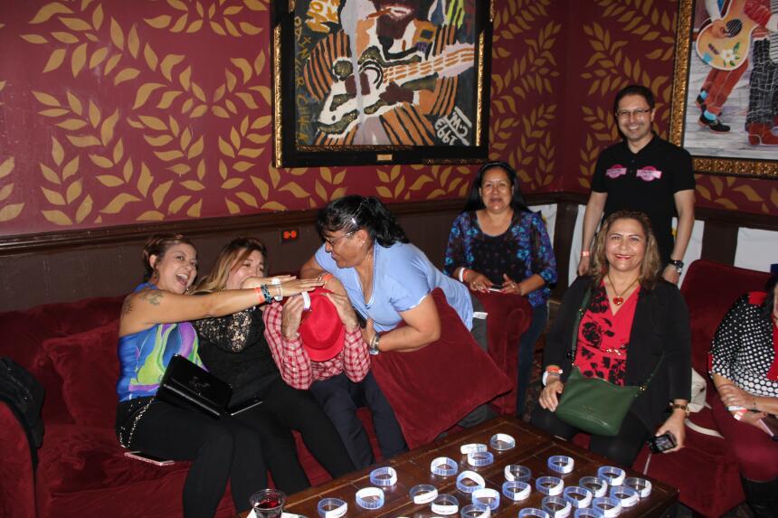Una noche con Julieta Venegas y 102.9 Más Variedad IMG_7771.JPG