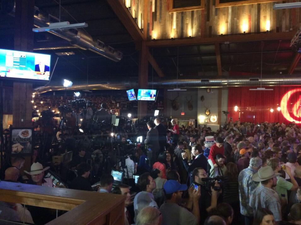 Redneck Country Club, punto de encuentro de Cruz y sus seguidores