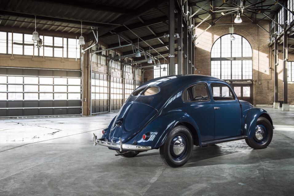 La fascinante historia del primer Volkswagen volkswagen_beetle_celebrate...