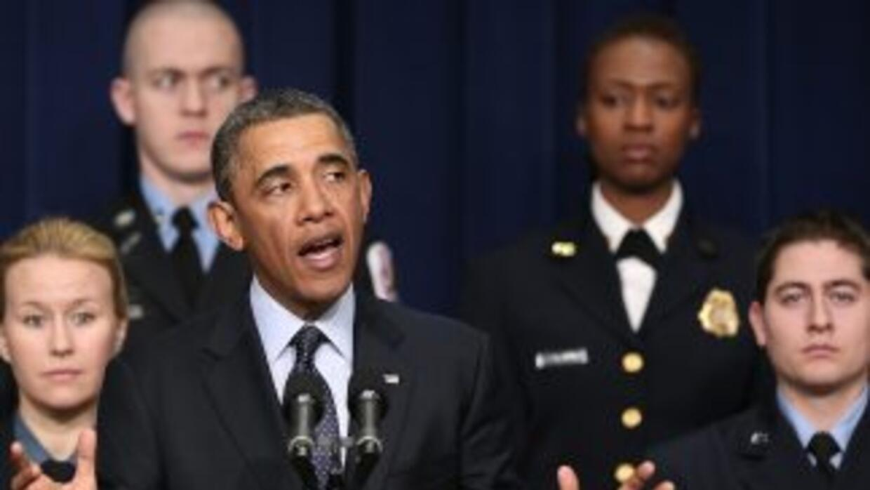 Durante la conferencia el presidente estuvo acompañado de funcionarios d...