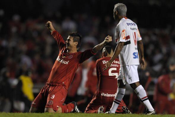 En un encuentro muy disputado entre equipos brasileños, Inter pas...