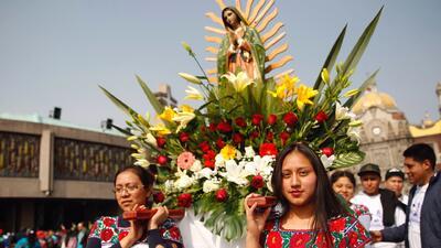 Millones de peregrinos visitan a la Virgen de Guadalupe para pedirle un milagro y agradecer sus bendiciones