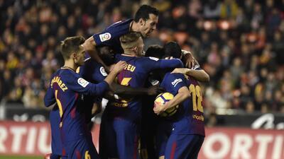 En fotos: Valencia y Barcelona empataron en juego marcado por la polémica