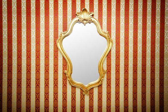 Libra  El secreto está en los espejos. Suele decirse desde épocas inmemo...