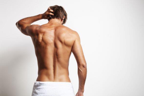 Géminis El punto zodiacal de atracción se encuentra en: Los hombros y br...