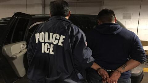Durante el año fiscal 2017, ICE arrestó a 20,201 personas...