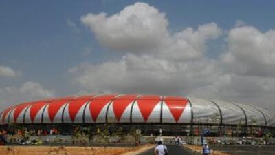 Avalancha en estadio de Luanda dejó 16 muertos.