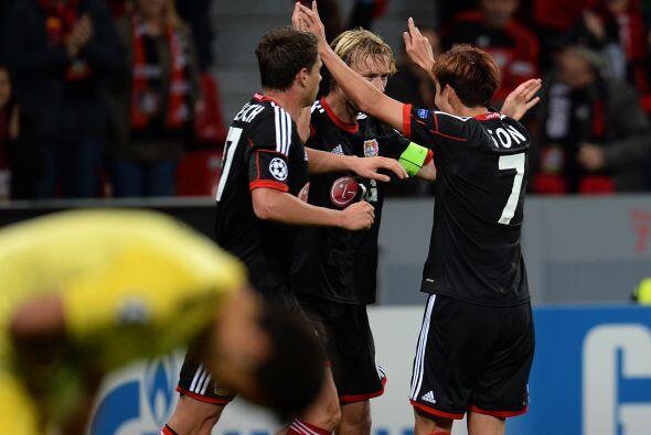 El Bayer Leverkusen derrotó en los últimos minutos a la Real Sociedad po...