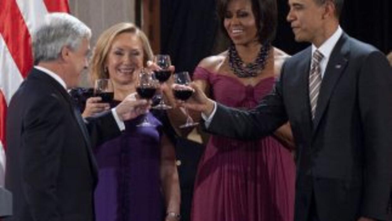 El presidente de Chile, Sebastián Piñera ofreció una cena de gala a su h...