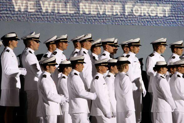 Se estima que miles de personas homosexuales sirven en las fuerzas armad...