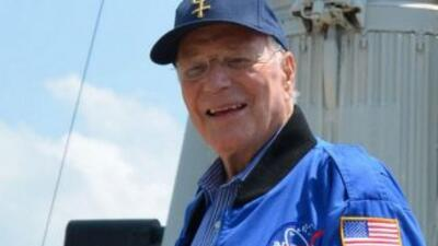 Carpenter hizo un solo vuelo espacial. En la nave Aurora 7 dio tres vuel...