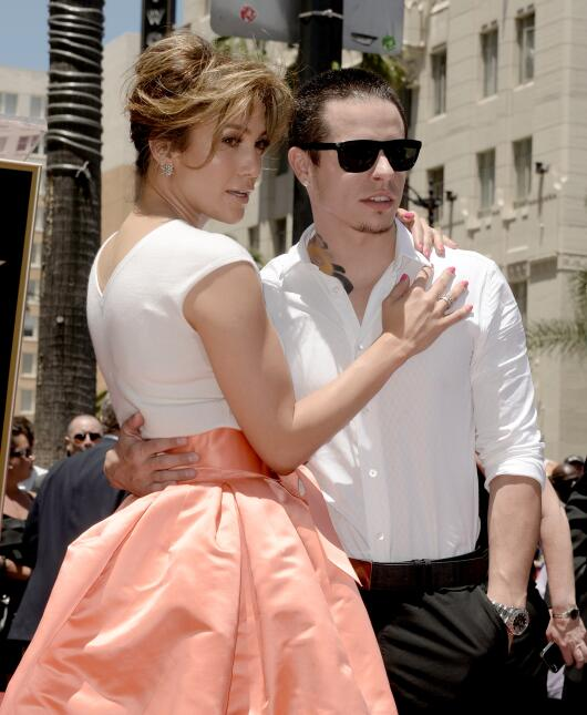 Jennifer López y Casper