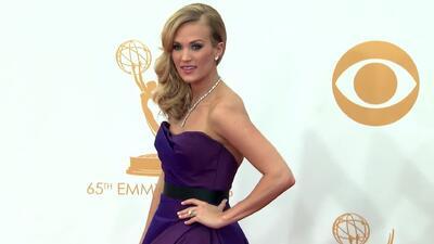 "Carrie Underwood dice que ""aun es raro"" estar embarazada"