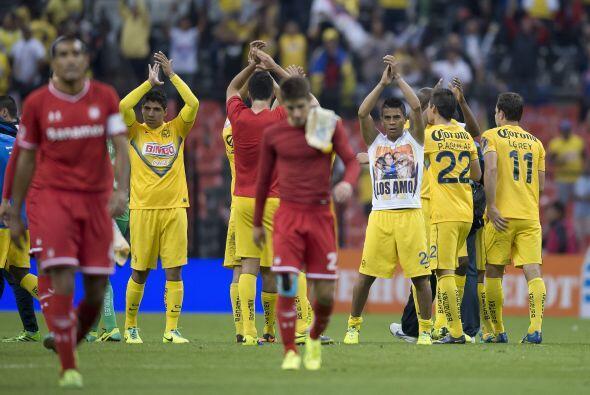 Al final del partido, la afición celebró un nuevo pase a la final, Toluc...