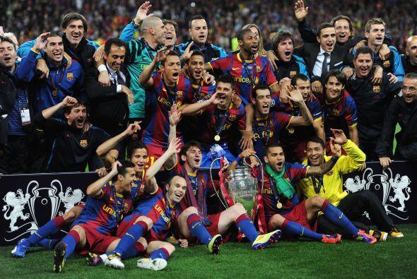 La foto oficial que quedará en la historia. Barcelona Campeón.