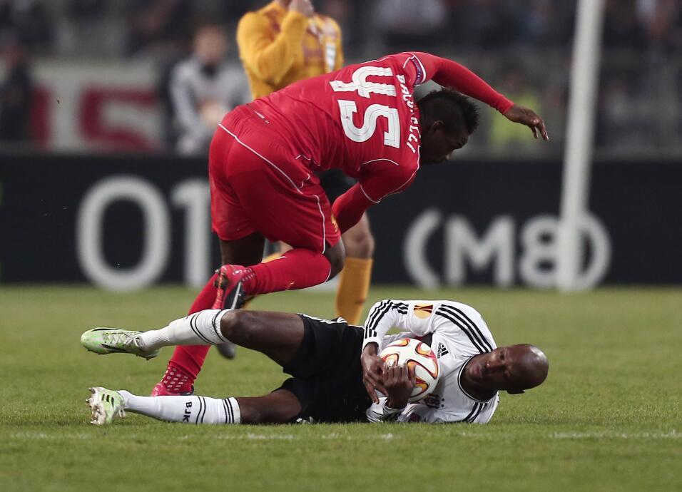 Se acabó el 'Ochoa imbatible' del Lieja, recibió su primer gol  AP_67535...