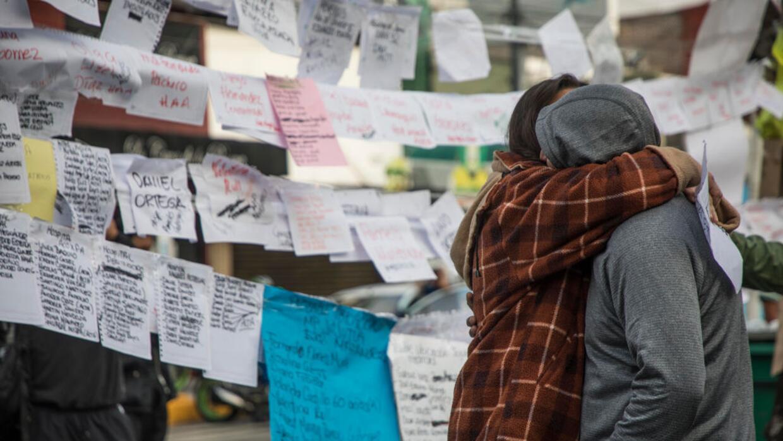 Familiares de víctimas de la escuela Enrique Rébsamen a un...