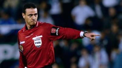 El Colombiano Wilmer Roldán debutará a los 34 años como silbante en un M...