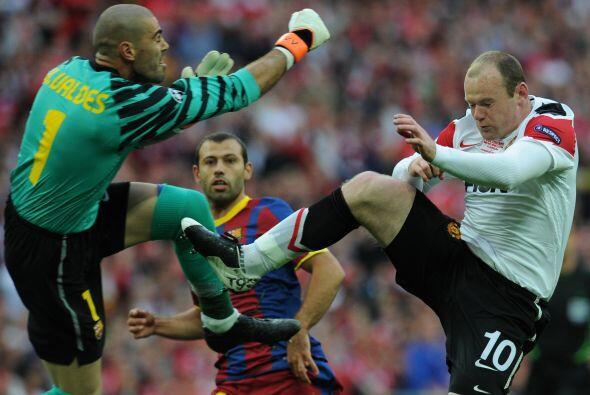 Manchester United pudo haber convertido el primero en una jugada extraña.