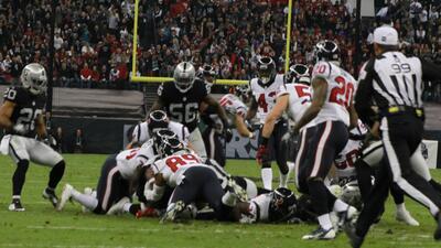 Las postales del partido entre Raiders y Texans en el estadio Azteca