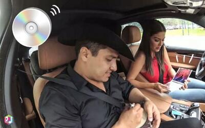 Mira quién tiene CD's aún en el coche: Ana Patricia... y son de Julión Á...
