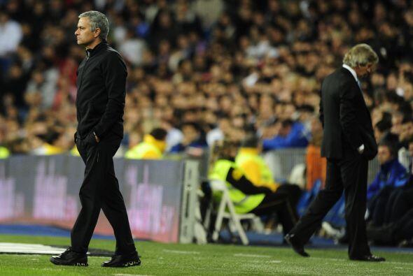 Los medios cuestionaron a Mourinho si le podía pasar lo mismo, el luso c...