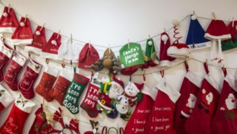 Botas de Navidad comoe stas, pero con carbón, fue lo que recibieron los...