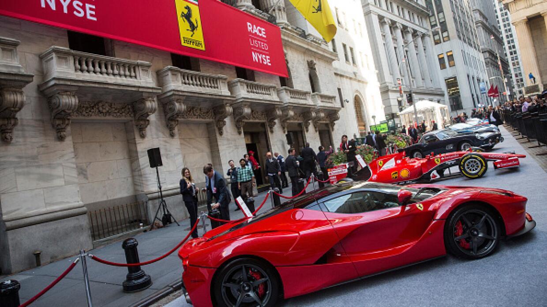 Cinco Ferraris