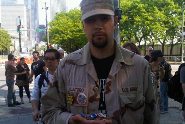Alejandro Villatoro es un veterano y participa de la manifestación.