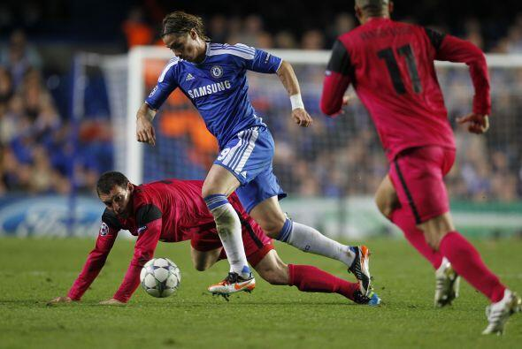 La figura de la cancha fue Fernando Torres que marcó 'doblete'.