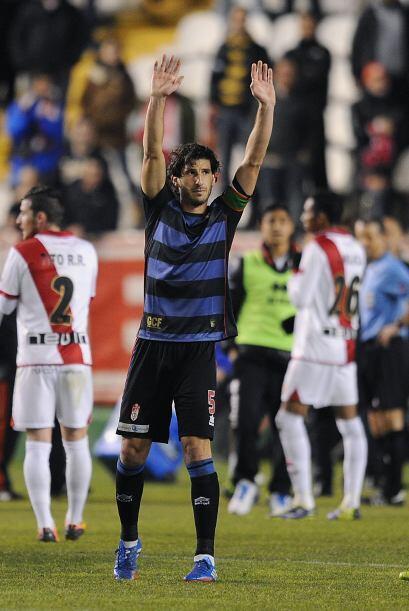 Rayo Vallecano perdió hoy como 2-0 contra Granada para quedar en zona de...