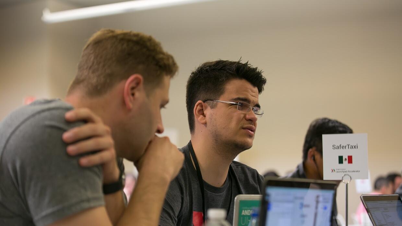 Las sesiones con mentores ayudan a los emprendedores a reenfocar su nego...